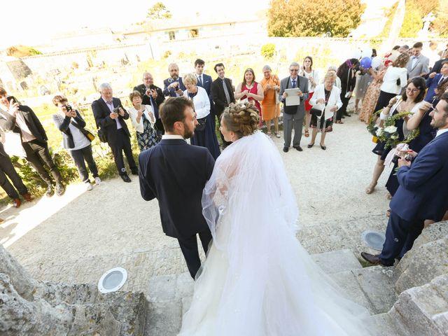 Le mariage de Thibaut et Mathilde à Vaux-sur-Mer, Charente Maritime 37