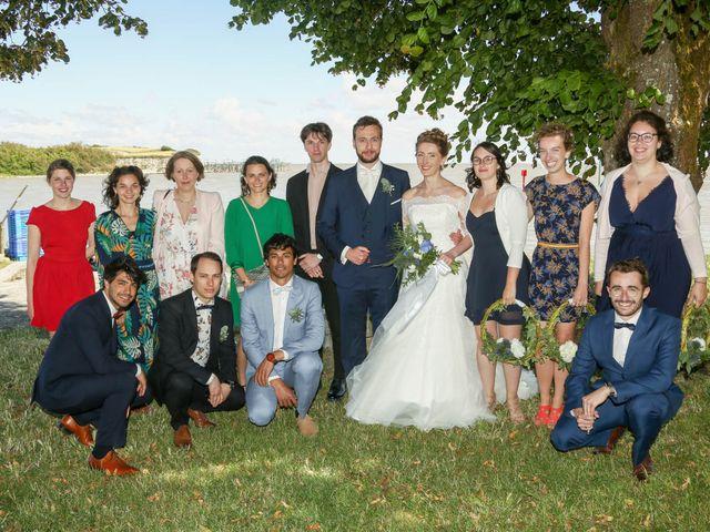 Le mariage de Thibaut et Mathilde à Vaux-sur-Mer, Charente Maritime 53