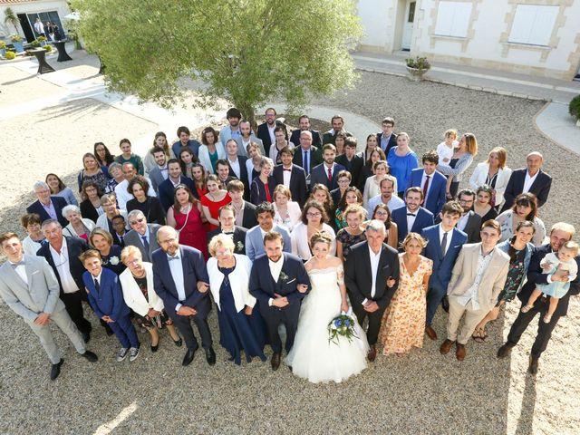 Le mariage de Thibaut et Mathilde à Vaux-sur-Mer, Charente Maritime 57