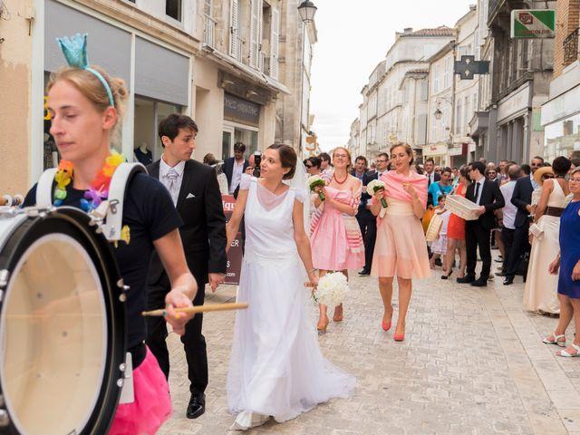 Le mariage de Cyprien et Anne-Coline à Cognac, Charente 22