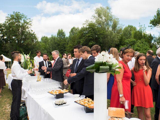 Le mariage de Cyprien et Anne-Coline à Cognac, Charente 38