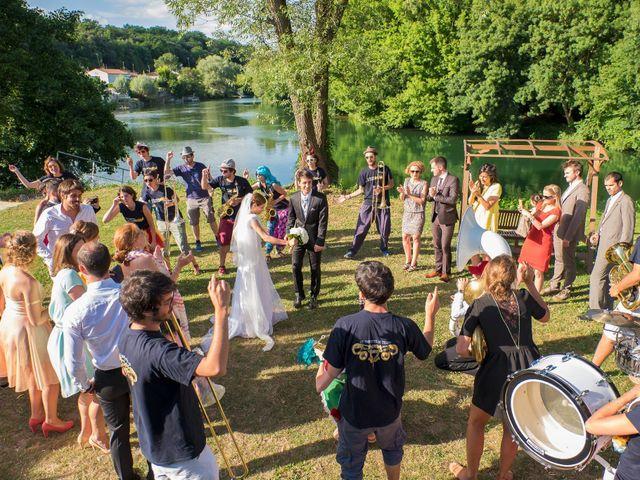 Le mariage de Cyprien et Anne-Coline à Cognac, Charente 50