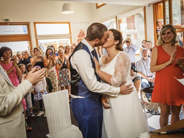 Le mariage de Loïc et Célia à Vénosc, Isère 17