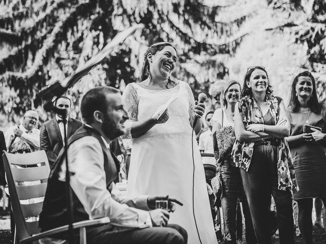 Le mariage de Loïc et Célia à Vénosc, Isère 23