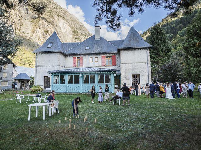 Le mariage de Loïc et Célia à Vénosc, Isère 25