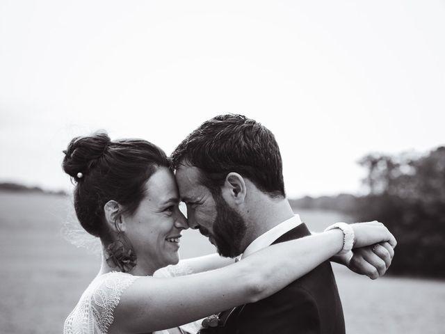 Le mariage de Guillaume et Caroline à Saint-Vincent-des-Bois, Eure 56