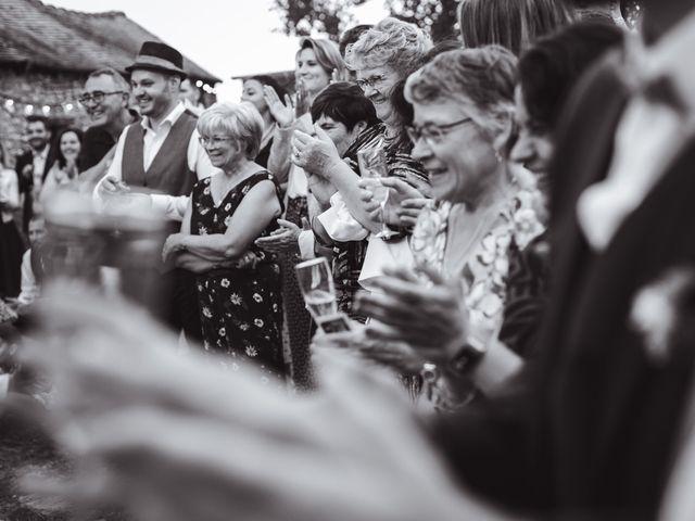 Le mariage de Guillaume et Caroline à Saint-Vincent-des-Bois, Eure 59