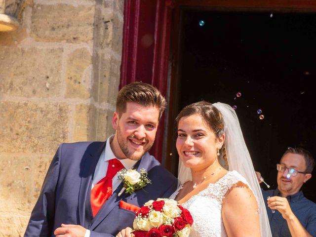 Le mariage de Jérémy et Laurie à Ambarès-et-Lagrave, Gironde 11