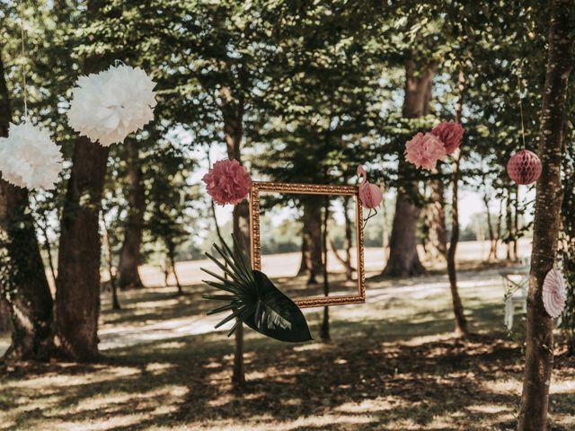 Le mariage de Alex et Sarah à Beaumontois-en-Périgord, Dordogne 11