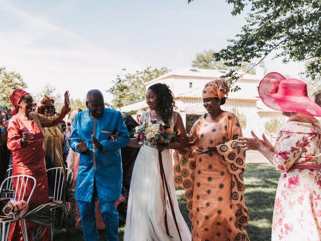 Le mariage de Alex et Sarah à Beaumontois-en-Périgord, Dordogne 25