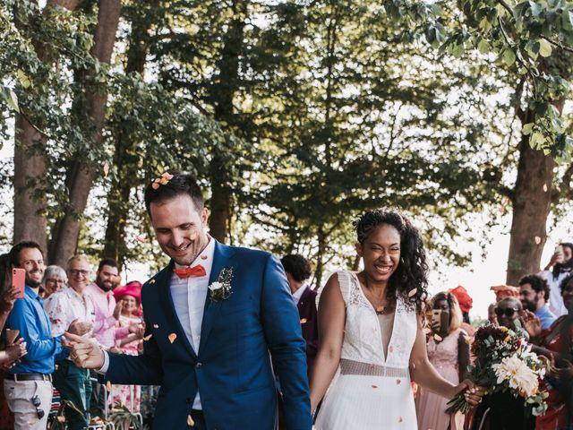 Le mariage de Alex et Sarah à Beaumontois-en-Périgord, Dordogne 36