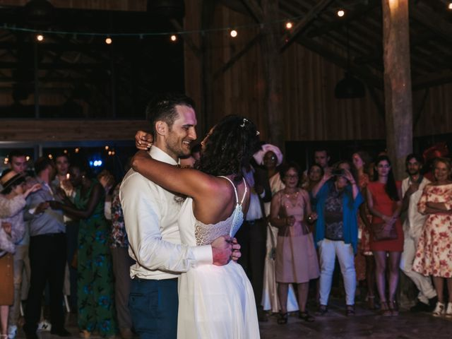 Le mariage de Alex et Sarah à Beaumontois-en-Périgord, Dordogne 71