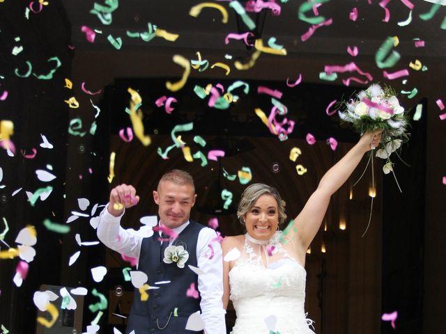 Le mariage de Mickaël et Natacha à Sainte-Foy-la-Grande, Gironde 9