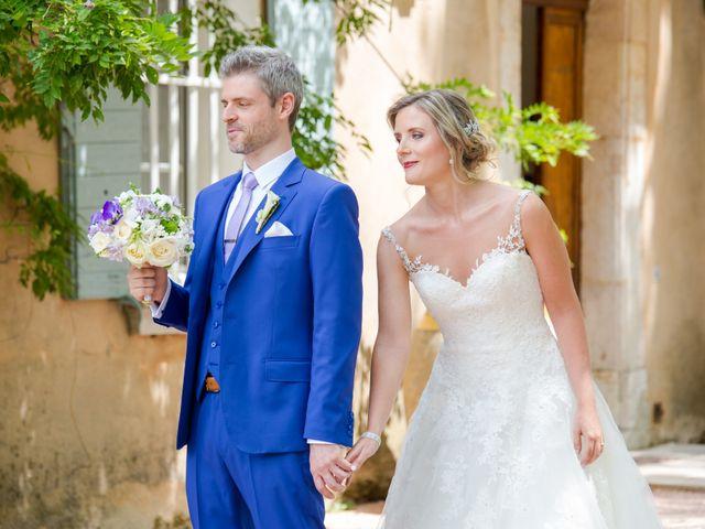Le mariage de Marc et Alexandra à Trets, Bouches-du-Rhône 17