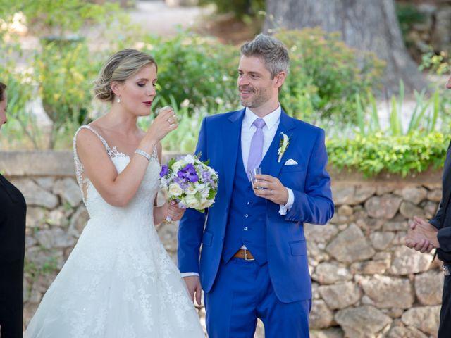 Le mariage de Marc et Alexandra à Trets, Bouches-du-Rhône 33
