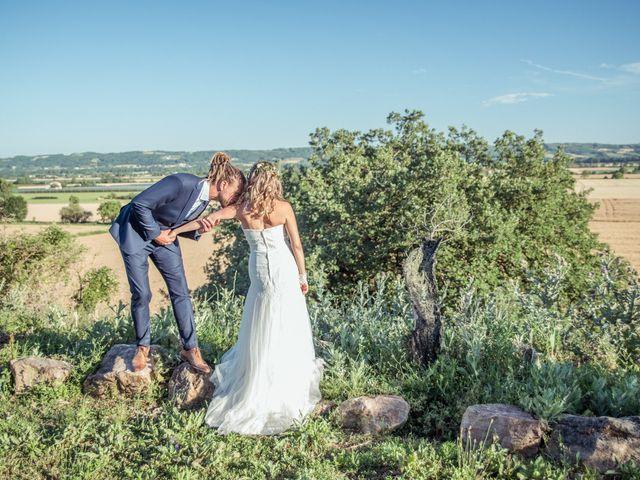 Le mariage de Stéphane et Johanna à Échalas, Rhône 31