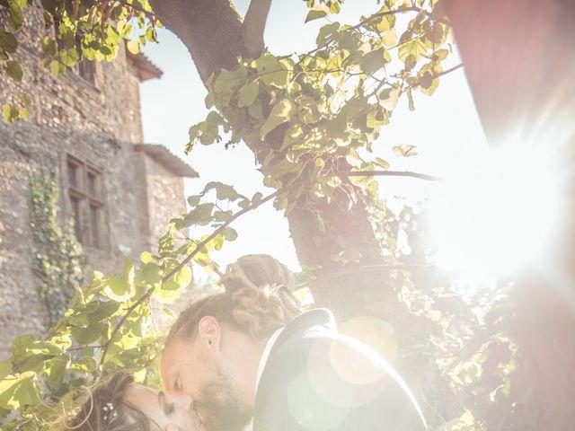 Le mariage de Stéphane et Johanna à Échalas, Rhône 33