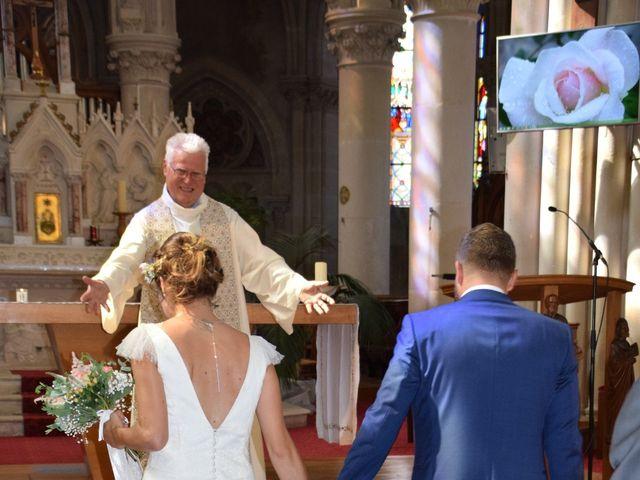 Le mariage de Jérémy et Sonia à Chanzeaux, Maine et Loire 22