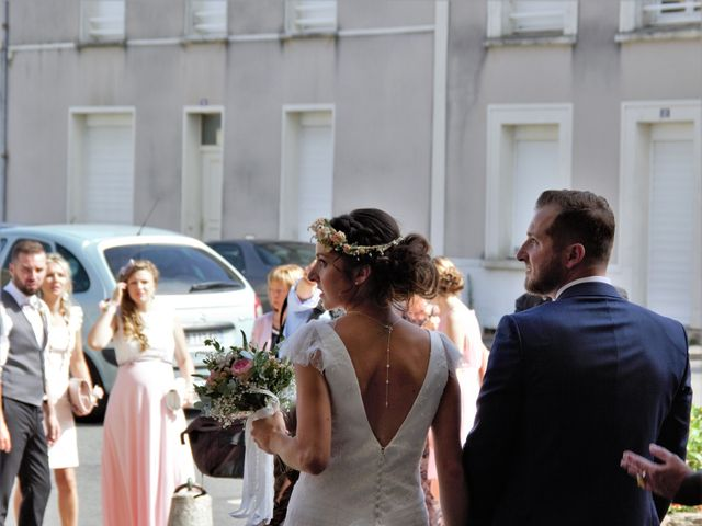 Le mariage de Jérémy et Sonia à Chanzeaux, Maine et Loire 25