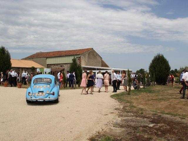 Le mariage de Jérémy et Sonia à Chanzeaux, Maine et Loire 33