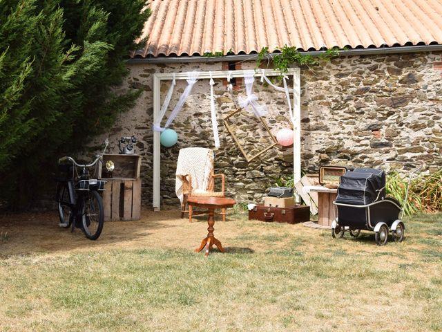 Le mariage de Jérémy et Sonia à Chanzeaux, Maine et Loire 34