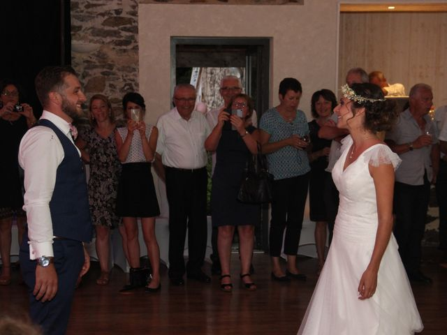 Le mariage de Jérémy et Sonia à Chanzeaux, Maine et Loire 44