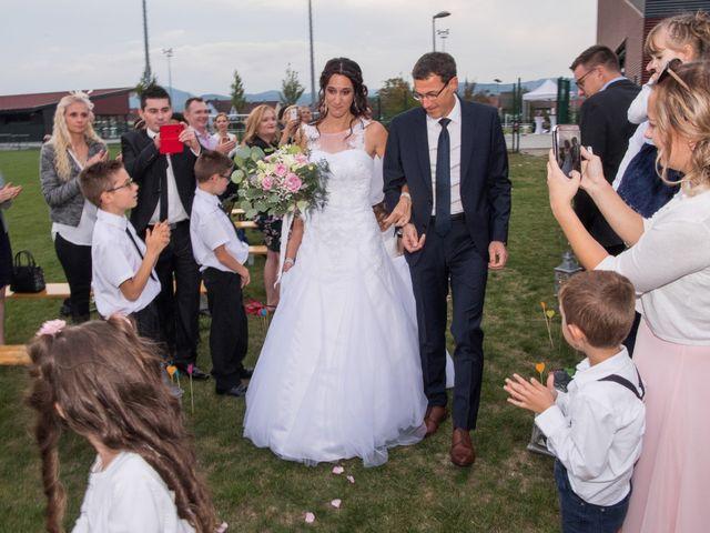 Le mariage de Luc et Lucie à Zellwiller, Bas Rhin 1