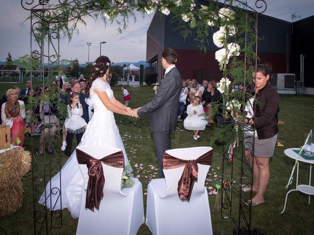 Le mariage de Luc et Lucie à Zellwiller, Bas Rhin 2