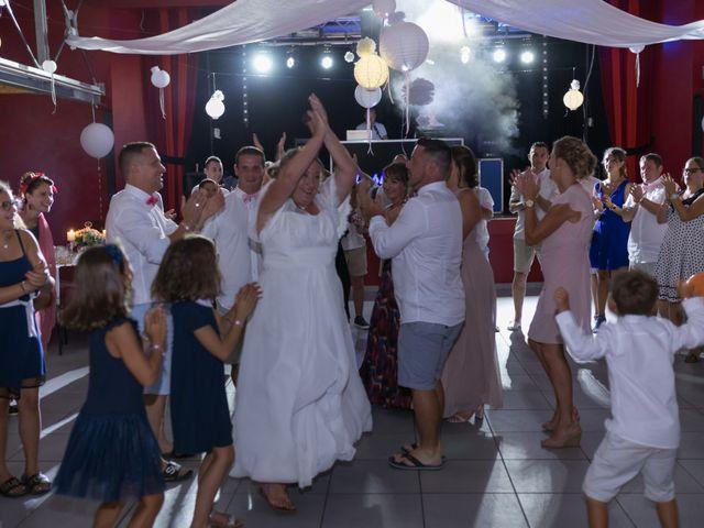 Le mariage de Florent et Delphine à Aureilhan, Landes 15
