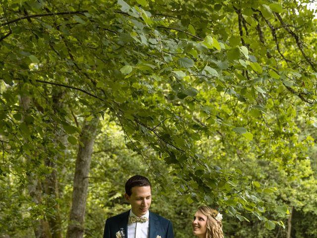Le mariage de Valentin  et Lucie à Ennordres, Cher 13