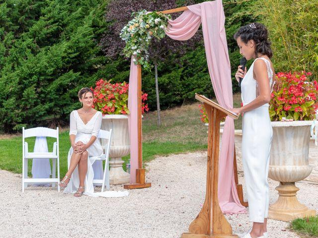 Le mariage de Salomé et Émilie à Pontcharra-sur-Turdine, Rhône 8
