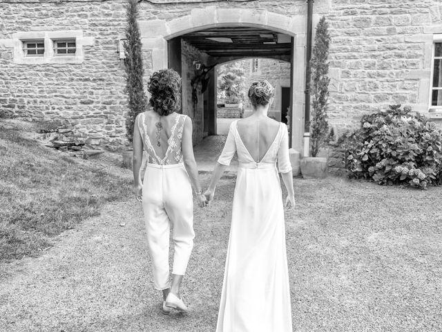 Le mariage de Salomé et Émilie à Pontcharra-sur-Turdine, Rhône 23