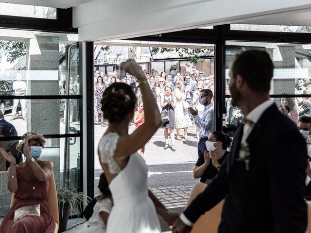Le mariage de Johann et Emmanuelle à Concarneau, Finistère 8