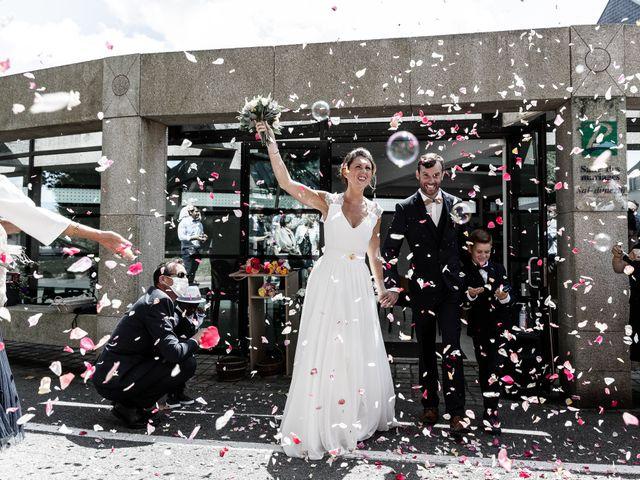 Le mariage de Johann et Emmanuelle à Concarneau, Finistère 9