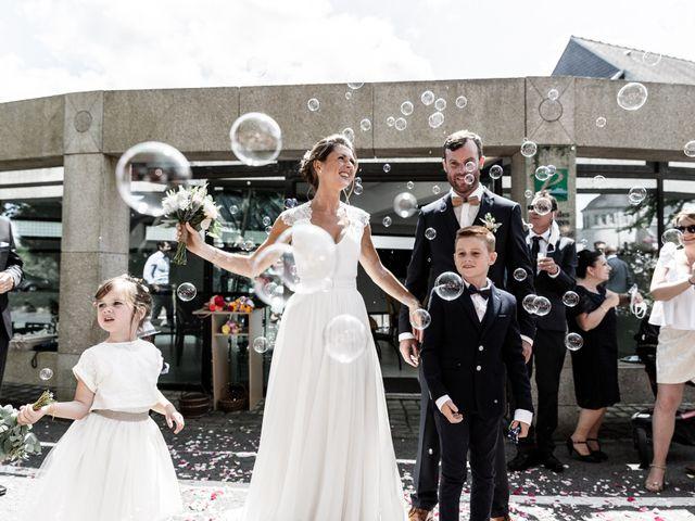 Le mariage de Johann et Emmanuelle à Concarneau, Finistère 10