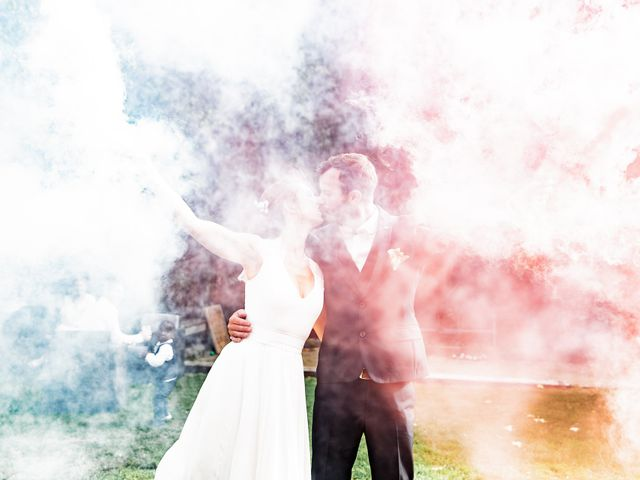 Le mariage de Johann et Emmanuelle à Concarneau, Finistère 53