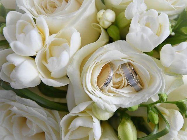 Le mariage de William et Julie à Olivet, Loiret 1