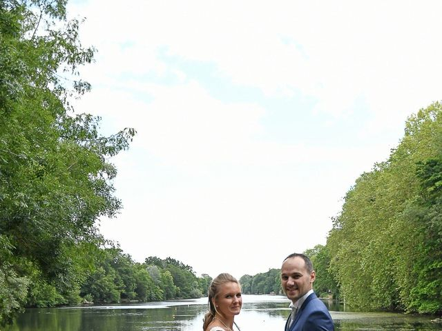 Le mariage de William et Julie à Olivet, Loiret 5