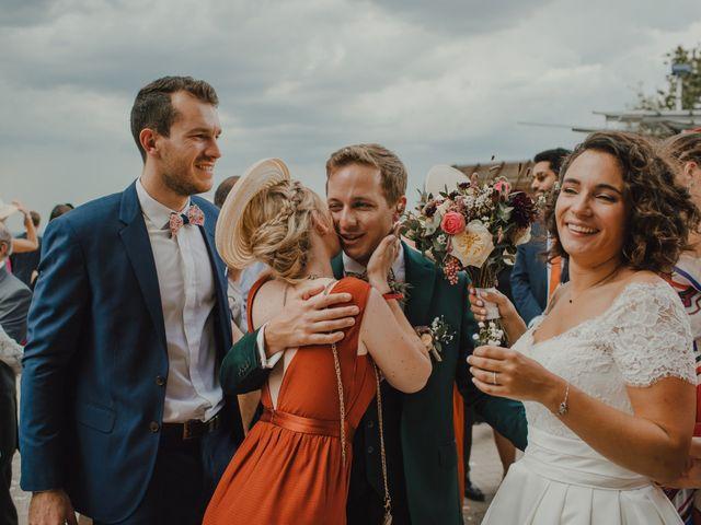 Le mariage de Jean-Baptiste et Pernelle à Lignan-de-Bordeaux, Gironde 42