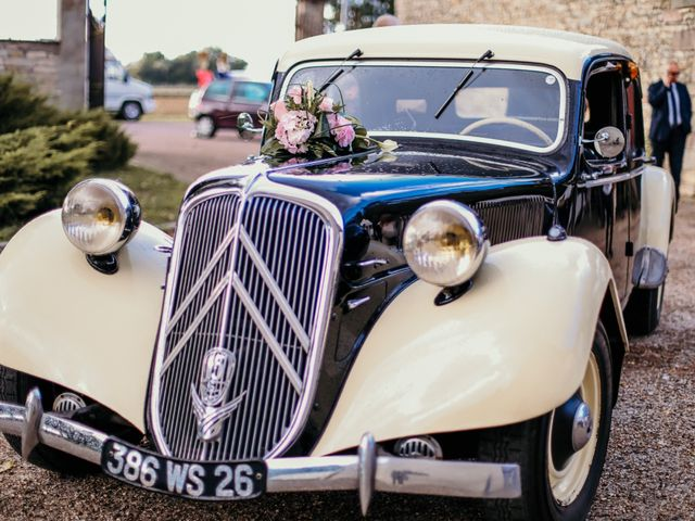 Le mariage de Julien et Meg-Ann à Fauverney, Côte d'Or 27