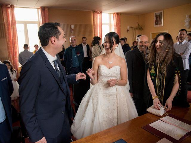 Le mariage de Jérémy et Emeni à Chasseneuil-du-Poitou, Vienne 8