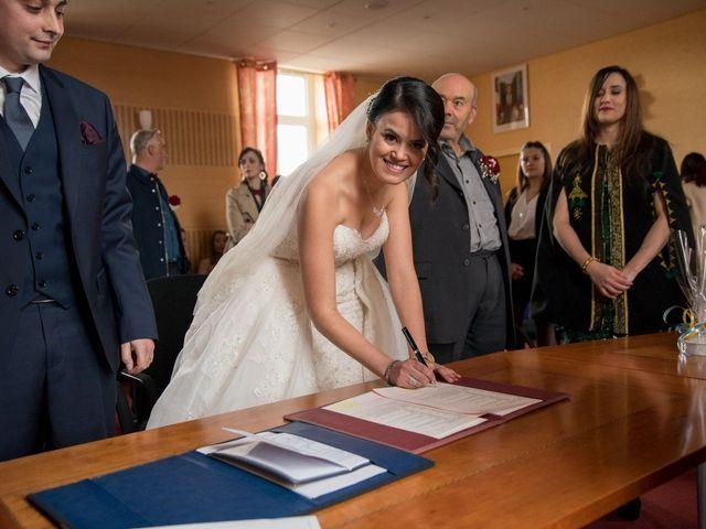 Le mariage de Jérémy et Emeni à Chasseneuil-du-Poitou, Vienne 9