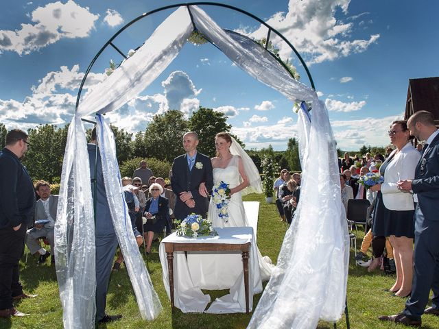 Le mariage de Allan et Aurelie à Viarmes, Val-d'Oise 22