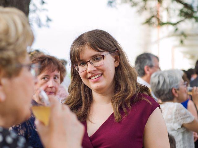 Le mariage de Benoit et Lucie à Saint-Yrieix-sur-Charente, Charente 38