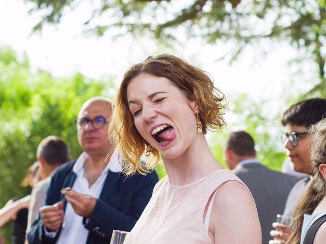Le mariage de Benoit et Lucie à Saint-Yrieix-sur-Charente, Charente 43
