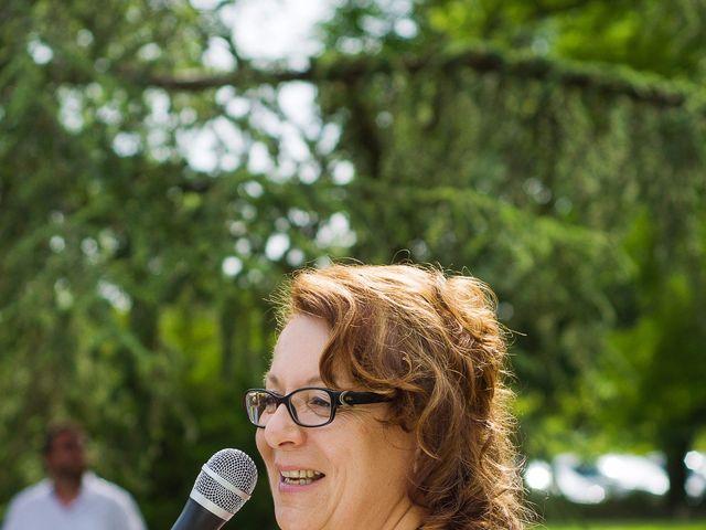 Le mariage de Benoit et Lucie à Saint-Yrieix-sur-Charente, Charente 48