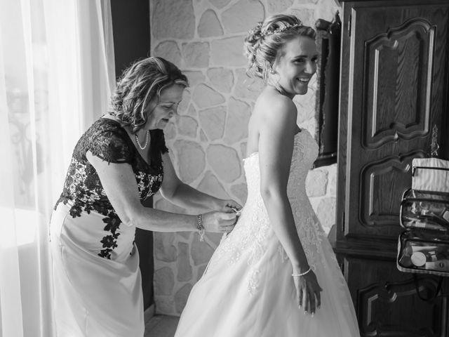 Le mariage de Jérémy et Sophie à La Ferté-Alais, Essonne 37