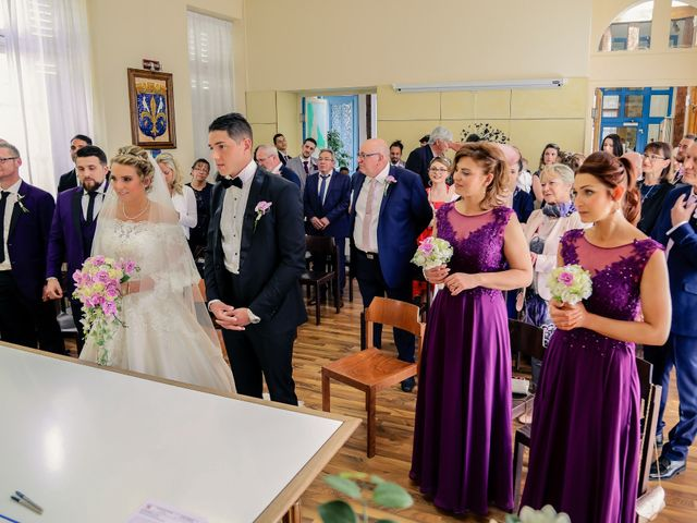 Le mariage de Jérémy et Sophie à La Ferté-Alais, Essonne 56