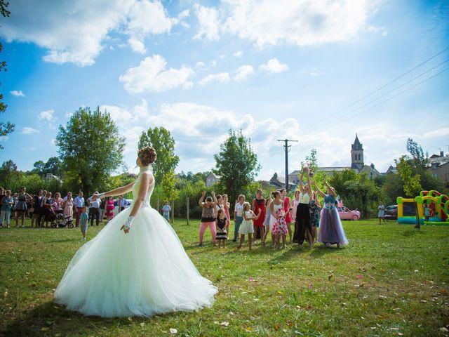 Le mariage de Cyril et Cindy à Espalion, Aveyron 9