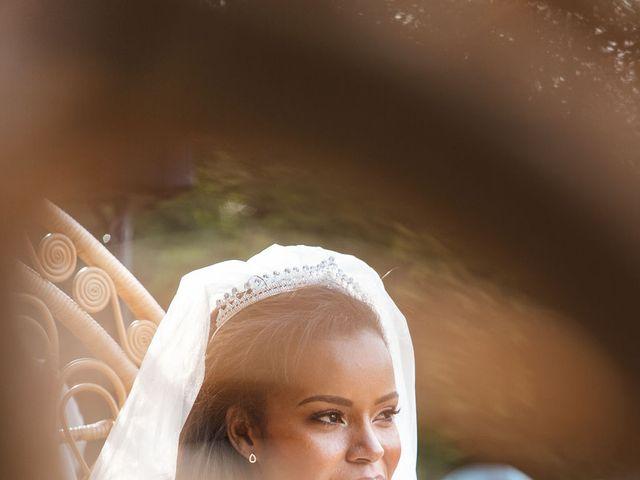 Le mariage de Aurélien et Afsanat à Dangu, Eure 47